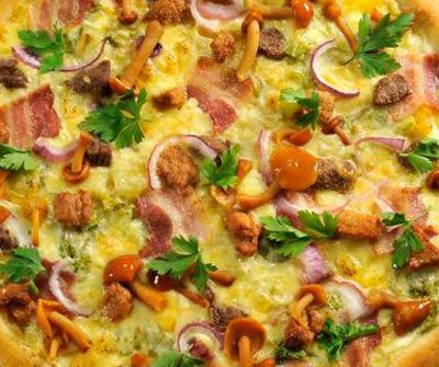 Как приготовить пиццу с опятами