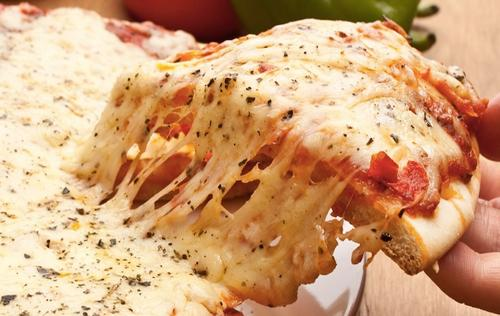 Как приготовить пиццу с плавленым сыром