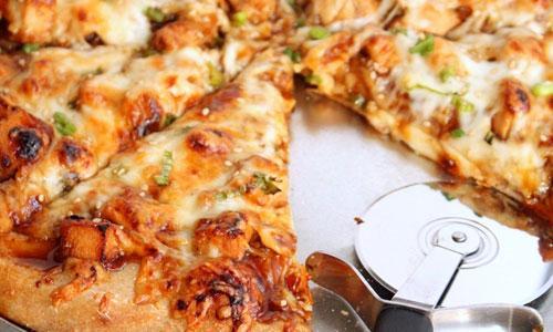 Как приготовить пиццу с копченой курицей