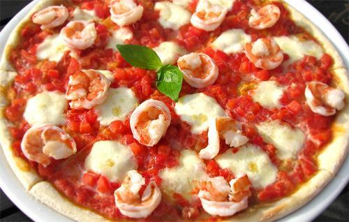Как приготовить морскую пиццу
