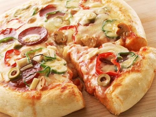 Как приготовить баварскую пиццу